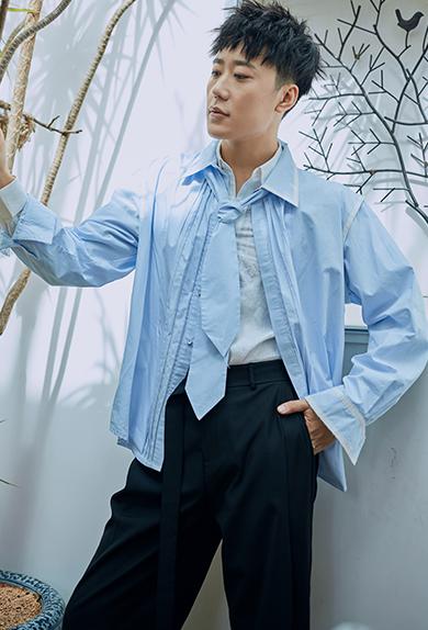 锁边领带清爽蓝色休闲时尚衬衣