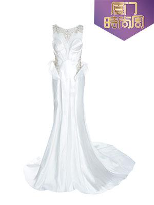 不规则白色礼服